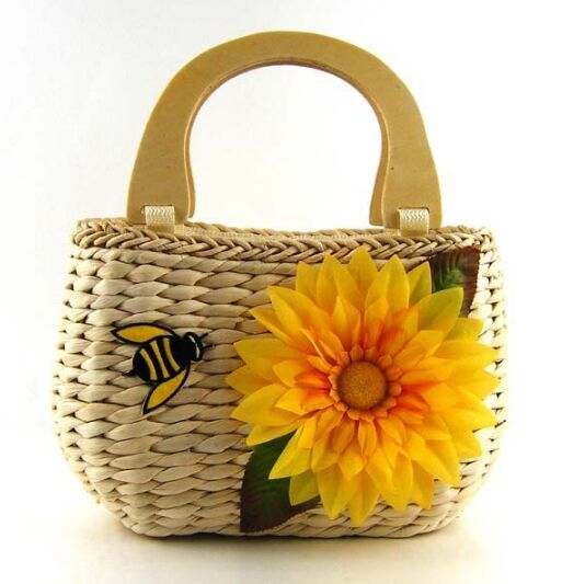 Straw handbags with flower and bee decoration cheap canada half circle handle